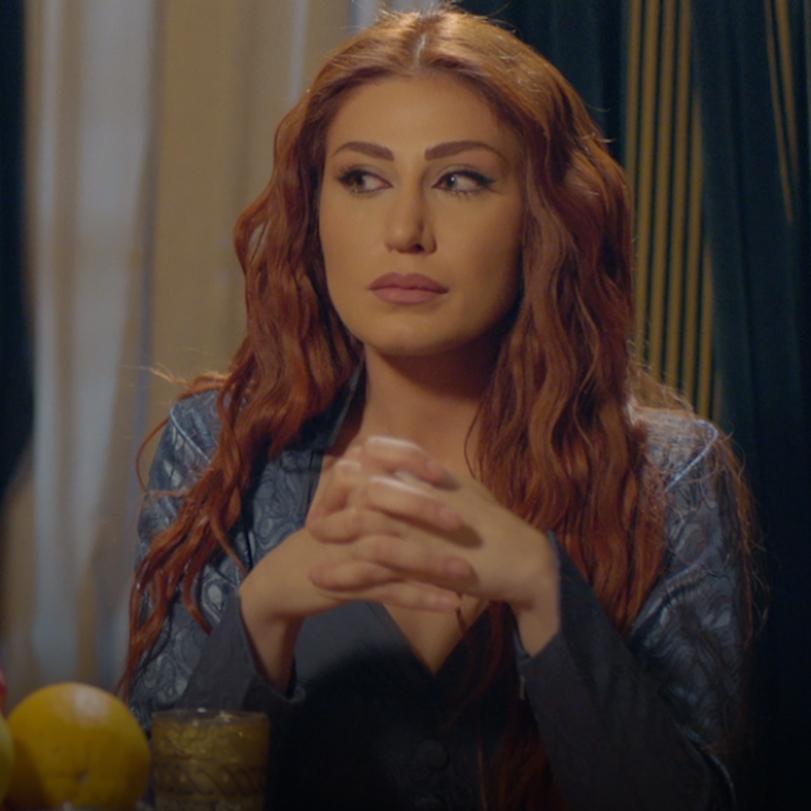 ياسمينة تكشف زمردة وهي تحاول سرقة المستندات من غرفة الكيخي، كيف ستتصرف