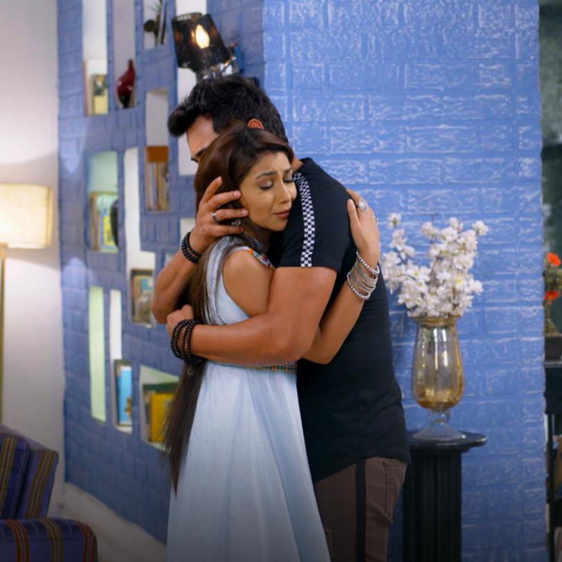 مايزال آبهي متوترمن مواجهة براغيا بحقيقة ابنته كيارا وتحاول ديشا استلا